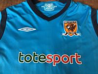 Global Classic Football Shirts | 2009 Hull City Old Vintage Soccer Jersey